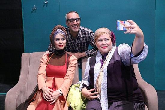 نتیجه تصویری برای تئاتر بهاره رهنما