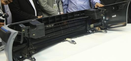 باک و سپر پلاستیکی خودرو تحت لیسانس پژوی فرانسه در صنعت پتروشیمی تولید شد