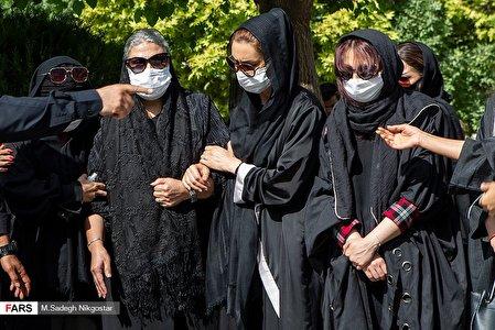 مراسم تدفین مرحوم سیروس گرجستانی/عکس