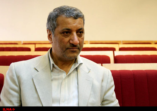 بعد از پیروزی احمدینژاد در انتخابات ریاست جمهوری، سطح افراد در این رقابت کاهش پیدا کرد